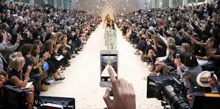 How a Fashion Retail Brand Should Use Social Media