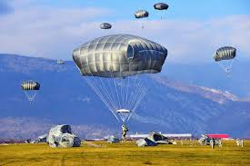 u s department of defense photo essay 13 u s paratroopers come in for a landing on juliet drop zone in pordenone