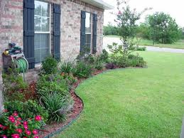 simple landscaping ideas for a ranch style house simple bedroommagnificent lush landscaping ideas
