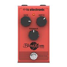 <b>Педаль эффектов</b> для гитары <b>TC</b> Electronic Blood Moon Phaser ...