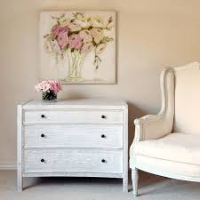 adorable white washed furniture pieces for shabby chic and beach beach furniture decor beach shabby chic furniture