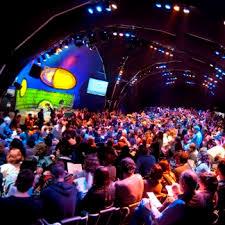 Resultado de imagem para imagens da feira internacional de literatura em paraty