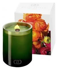 <b>Ароматическая свеча</b> с деревянным фитилем Бутоньерка Dayna ...