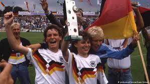 <b>Women</b>′s football in Germany: Glass <b>half empty</b> or <b>half full</b> ...