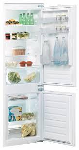 <b>Встраиваемый двухкамерный холодильник Indesit</b> B 18 A1 D/I
