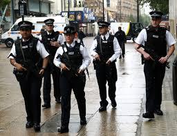 لندن - توقبف رجل وامراة بتهمة التخطيط لاعمال ارهابية