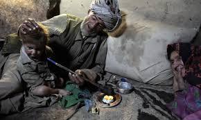 نتیجه تصویری برای معتادان کودک