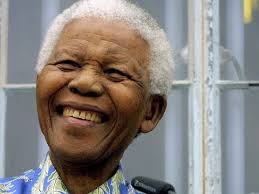 Nelson Mandela: Mini Biography - YouTube