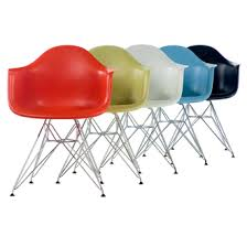 charles eames and ray eames eames molded plastic chairs charles ray furniture