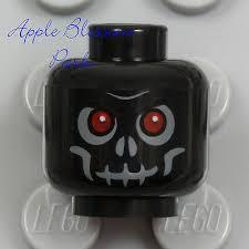 NEW <b>Lego Skeleton Skull</b> MINIFIG <b>HEAD</b> Black w/Evil Red Eyes ...