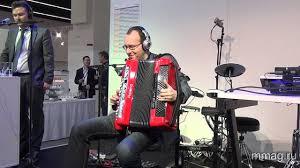 mmag.ru: <b>Roland</b> FR-8X <b>digital</b> accordion presentation ...