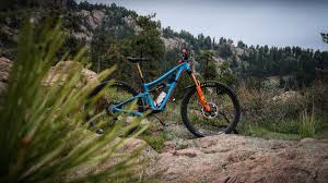 Six-Month Test: <b>Shimano's</b> XTR <b>Mountain</b>-<b>Bike</b> Drivetrain | Outside ...