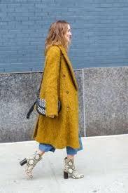 Fashion stylist <b>Milana</b> Moss/ tweed suit women 2018/2019 / blue ...