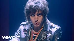 <b>Daft Punk</b> ft. Julian Casablancas - Instant Crush (Official Video ...