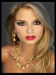 Miss Ecuador Internacional 2011 - Maria Fernanda Cornejo - 3276424_640px