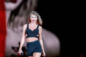 List Of Female Singers Female Pop Stars Aged 25 And Under And Crazy Rich Fortunecom