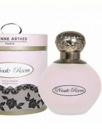 <b>Jeanne Arthes</b> - Review Female Daily
