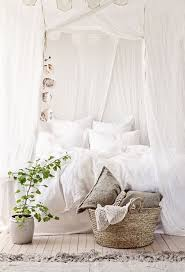 1000 ideas about white rooms on pinterest all white room white room decor and black white rooms chic white home