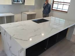 calacatta marble kitchen waterfall: picture  orig picture