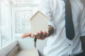 Darowizna mieszkania a podatek - o czym należy pamiętać!