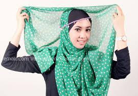 Cara Memamkai Jilbab Pashmina