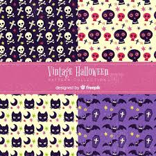 <b>Vintage halloween pattern</b> collection | Free Vector