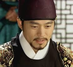 ... Lee San ii explica ca a luat aceasta decizie pentru a-l proteja, pentru ca atacurile la adresa lui Hong sa inceteze, atacuri incepute odata cu noile ... - lee-san-12