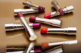 <b>Помада</b> Clarins <b>Joli Rouge</b> Lacquer: отзывы | Beauty Insider