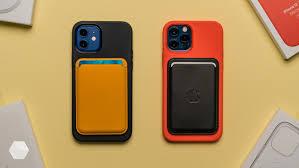 Смотрим на кожаный <b>чехол</b>-кошелёк MagSafe для <b>iPhone</b> 12 ...
