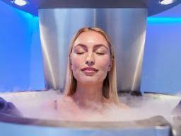 Cryotherapy: Safety, what to expect, and <b>benefits</b>