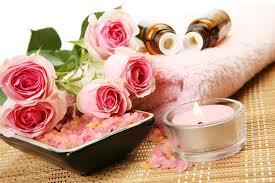 عطر Saab La Parfum Resort Collection شذى استثنائي لموسم الربيع images?q=tbn:ANd9GcT