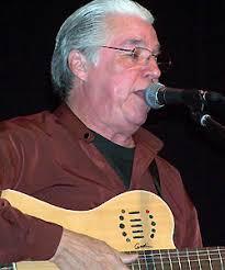 El cantautor y poeta nicaragüense Luis Enrique Mejía Godoy, que después de casi una docena de ... - enrique_250