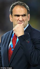 Martin Johnson has resigned as England rugby coach today in the wake of a calamitous World Cup campaign that was marred by ... - article-2062197-0E2F36F100000578-411_306x524