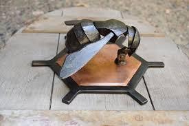 Honeycomb bee door knocker   Металлические поделки, Декор из ...