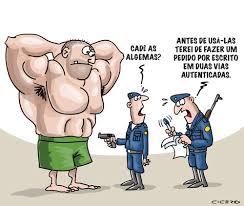 Resultado de imagem para charges - os politicos contra a policia