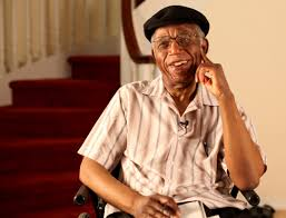 chinua achebe writer critic social historian news from brown at home