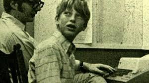 Bill Gates - Schoolboy to Businessman - Biography.com