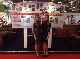 sb components at the cv show   grid girls promotionssb components at the cv show