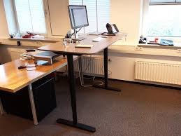 learn more at cdnwonderfulengineeringcom bekant desk sit stand ikea