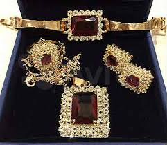 Купить недорого <b>ювелирные изделия</b> в Сочи с доставкой: кольца ...