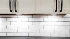 should i use task lighting in my kitchen cabinet task lighting