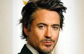 Robert John Downey Jr. (New York, 4 aprile 1965) è un attore e produttore cinematografico statunitense. Apparso in numerosi film fin dall'infanzia (la sua ... - robert-downet-jr3_350_042113034205