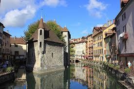 Регионы Франции: Рона Альпы - достопримечательности, города, путеводители, описания, карты, маршруты