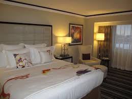 hotel the henry dearborn mi com