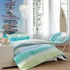 beach house themed bedroom