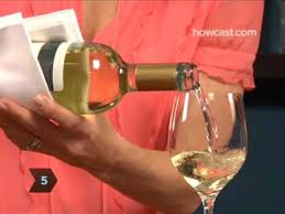 How to Pour a <b>Bottle</b> Of <b>Wine</b> - YouTube