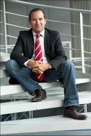 Trois questions à Nicolas de Monteville, Directeur commercial et ... - 2010-07-12_165157