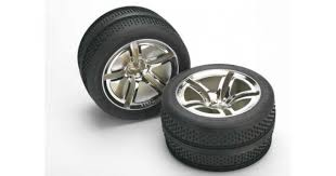 Покрышка <b>колеса</b> и диск <b>колеса в сборе</b>, 2 шт. <b>Traxxas</b> 5575.