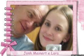 John Meinert e filha Lara Era John um ser humano muito alegre e prestativo. Picture Captions Como eu tinha com ele uma afinidade familiar por ter casado com ... - captionit085553I858D30