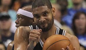 Die San <b>Antonio Spurs</b> gewinnen Spiel zwei der ersten Playoff-Runde bei den <b>...</b> - tim-duncan-spiel-zwei-mavs-spurs-514